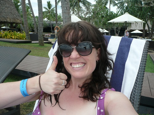 Yes, I do still have my wristband on from our snorkelling trip. No, I haven't washed my hair. Sorry, Ma.